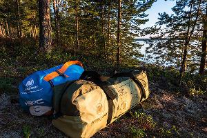 Палатка и спальник ©Фото Ивана Дементиевского