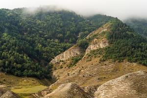Окрестности селения Гуниб, Гунибский район ©Фото Ивана Дементиевского